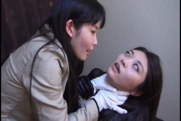 [アブノーマル]女同士の戦い首絞め痙攣白目剥き失神!![マニアック動画...