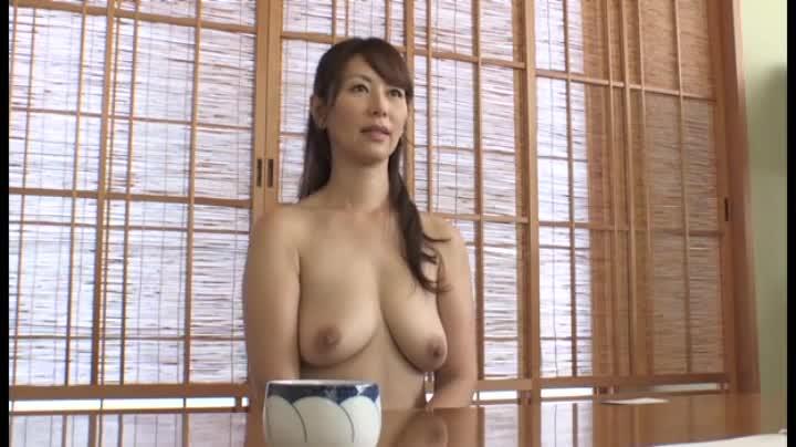 調布市在住、専業主婦千里さん47歳。SEXがしたくてAV応募の熟女にナマ中出し!